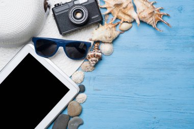 Summer objects for vacation theme