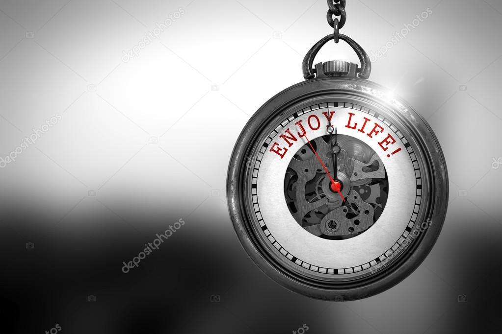 Disfrutar De La Vida En El Reloj De Bolsillo Ilustración 3d Fotos