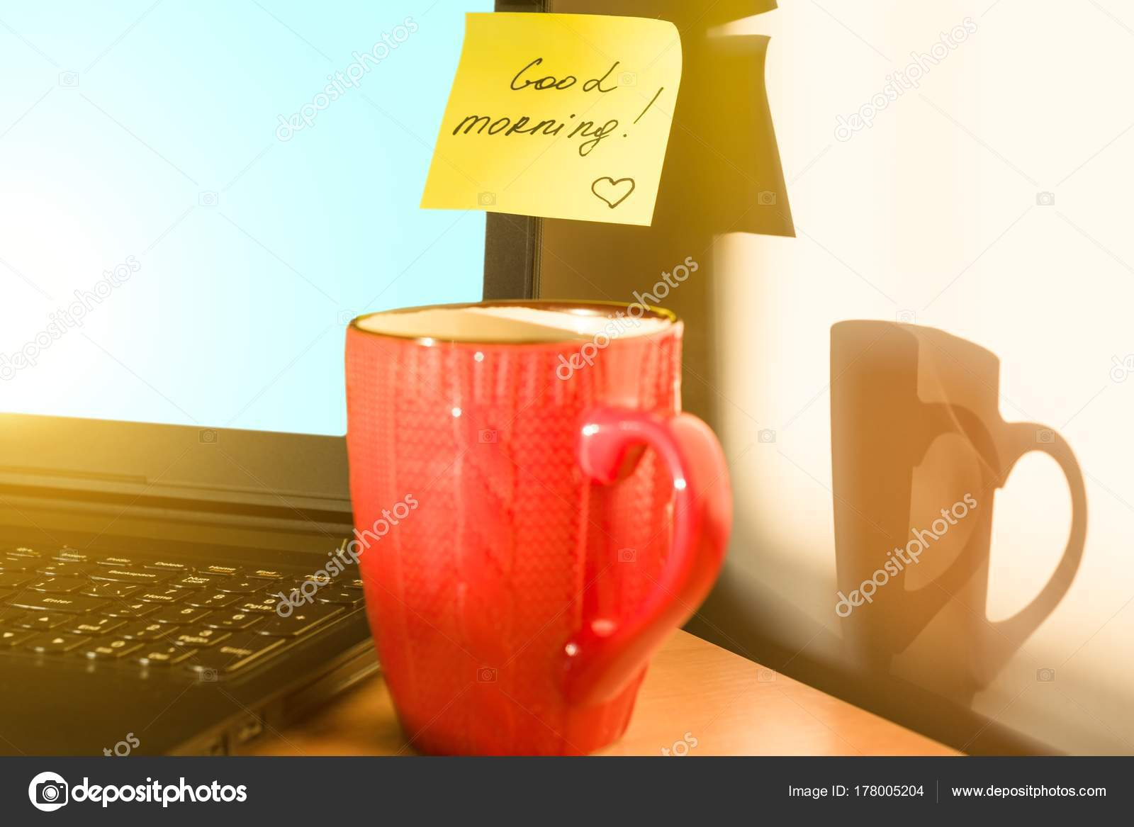 Guten Morgen Aufkleber Auf Laptop Und Frühstück Herbst Winter