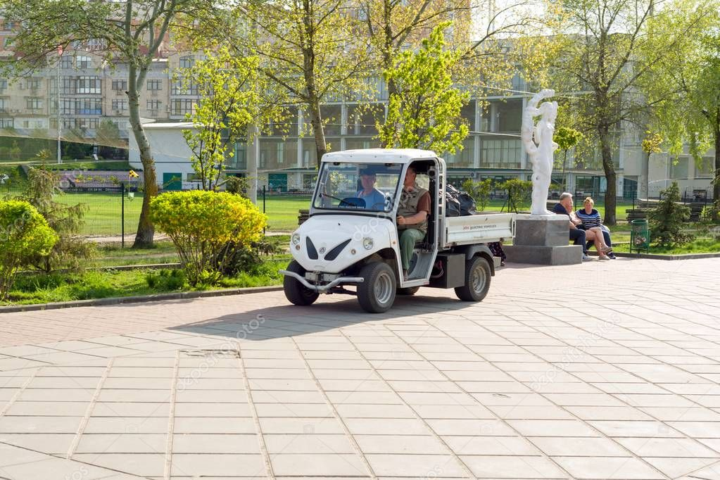 Kyiv, UA, 29-04-2018 Electric car serving park