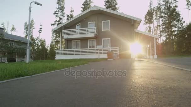 csendes falu, szép házak