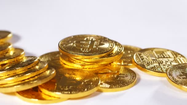 model golden bitcoinů