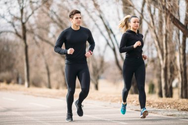 couple running in the morning