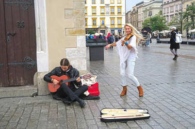 street musicians in Krakow