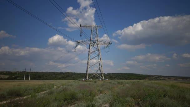 elektrische Stromleitungen