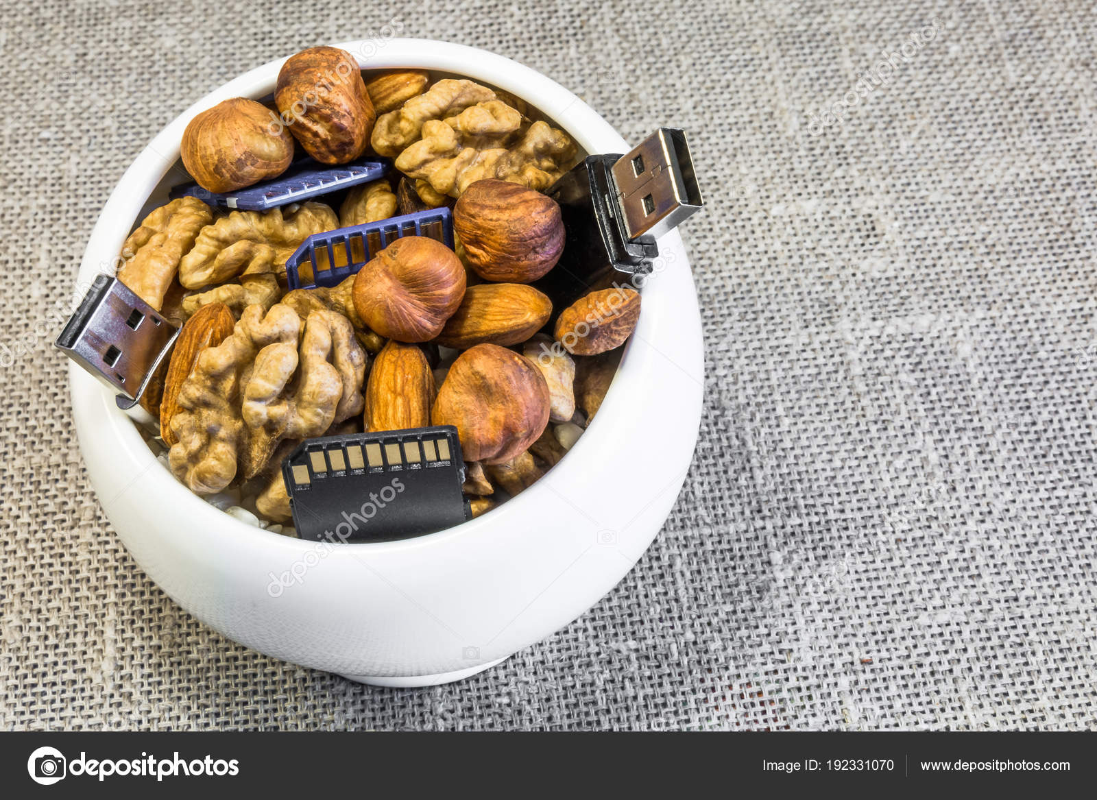 Nuts: composition 50