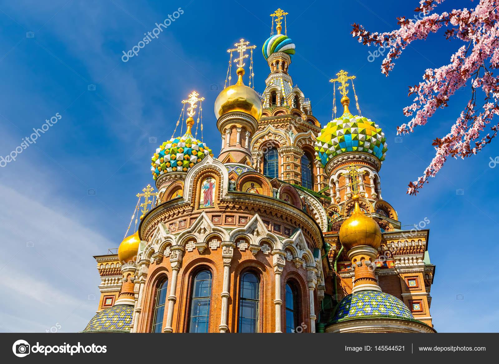 圣彼得堡滴血大教堂_滴血的救世主大教堂 — 图库照片©sborisov#145544521