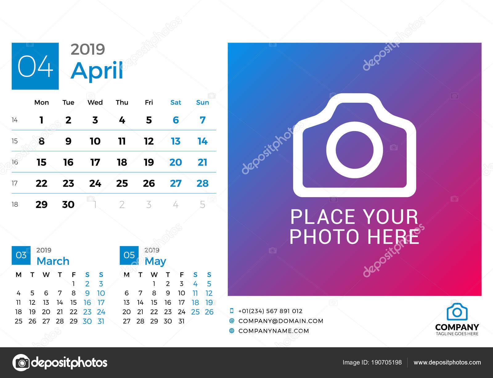 2019 年 4 月のカレンダーです 写真や会社のロゴのための場所を持つ