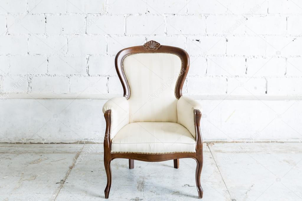 White Retro Chair U2014 Stock Photo