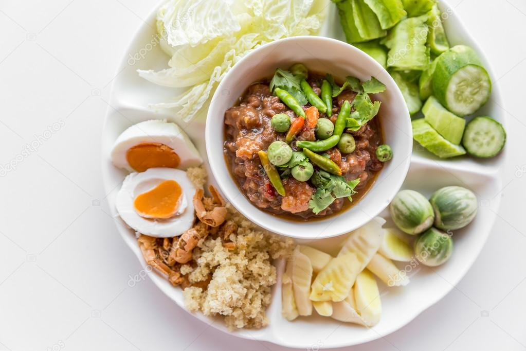 Thai chili paste with fresh vegetables