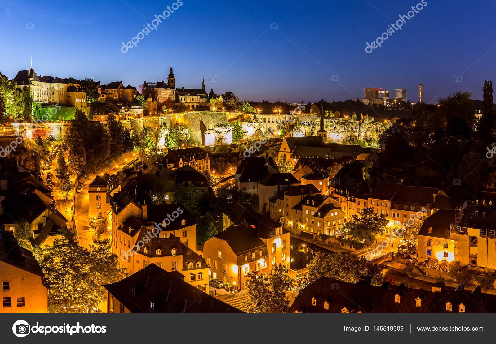 Luxembourg city at night stock photo vichie81 145519309 luxembourg city at night stock photo altavistaventures Choice Image