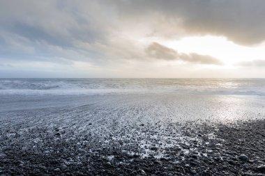 Big Wave at black beach