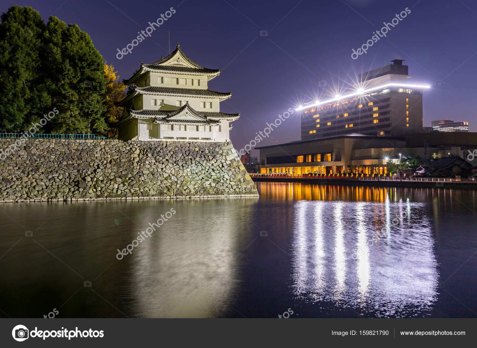 Nagoya Castle At Night Stock Editorial Photo C Vichie81 159821790