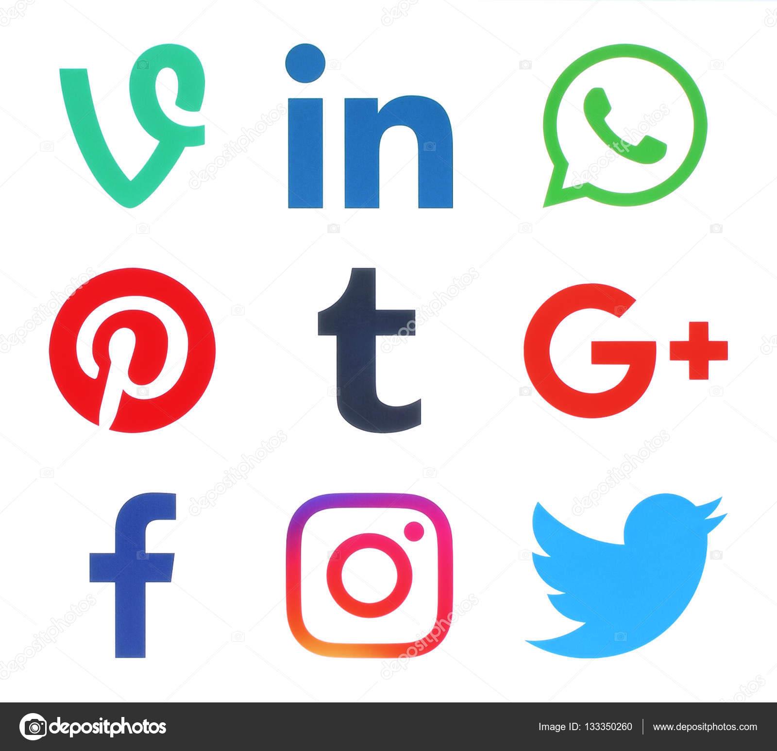 59fef7b56b84d Colección de logos de redes sociales populares– Fotografía editorial de  stock