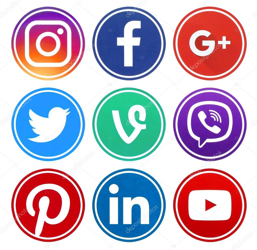 Popular circle social media icons with rim - Stock ...