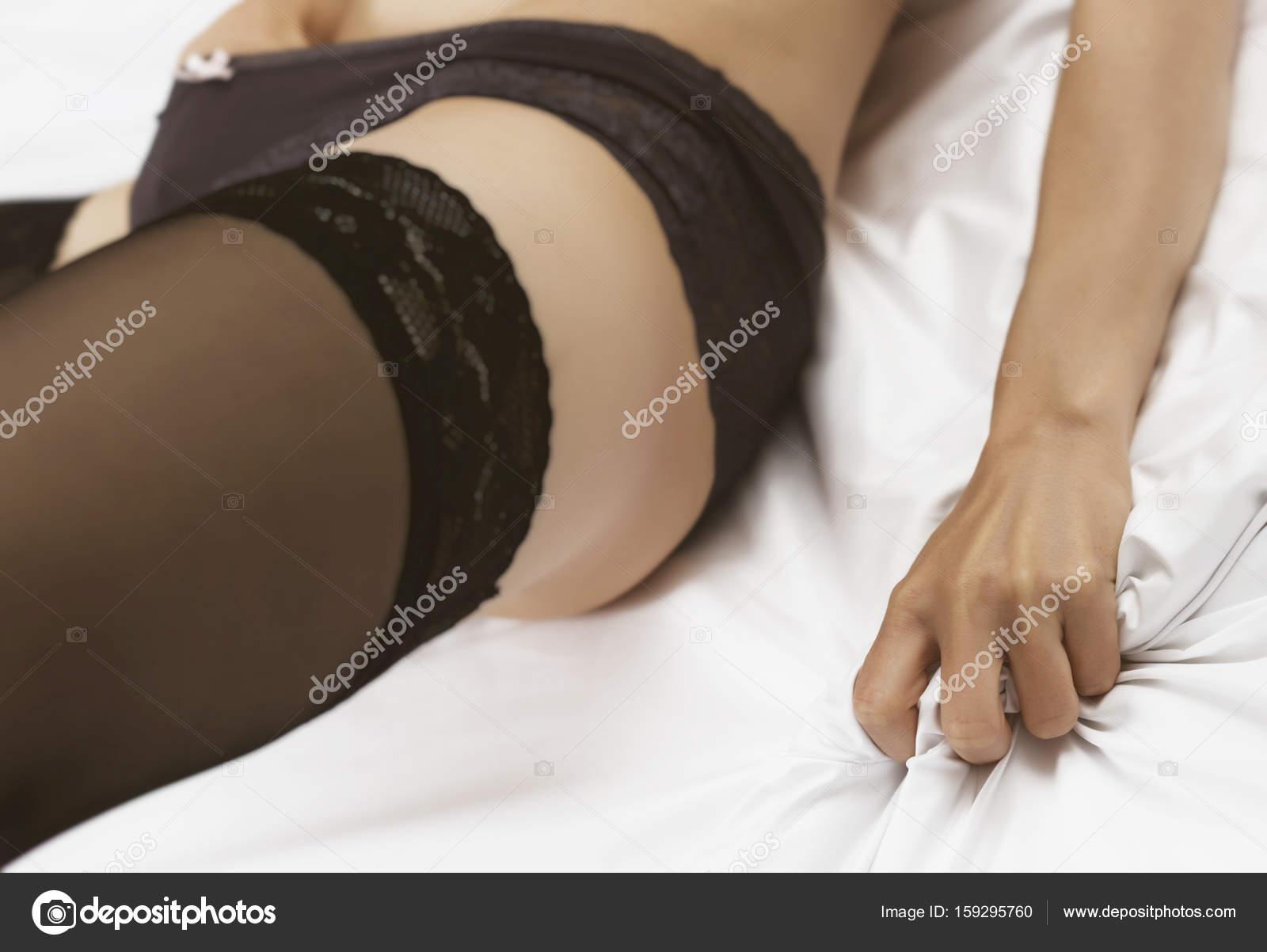 Sexy Black Girl Fucks Bbc