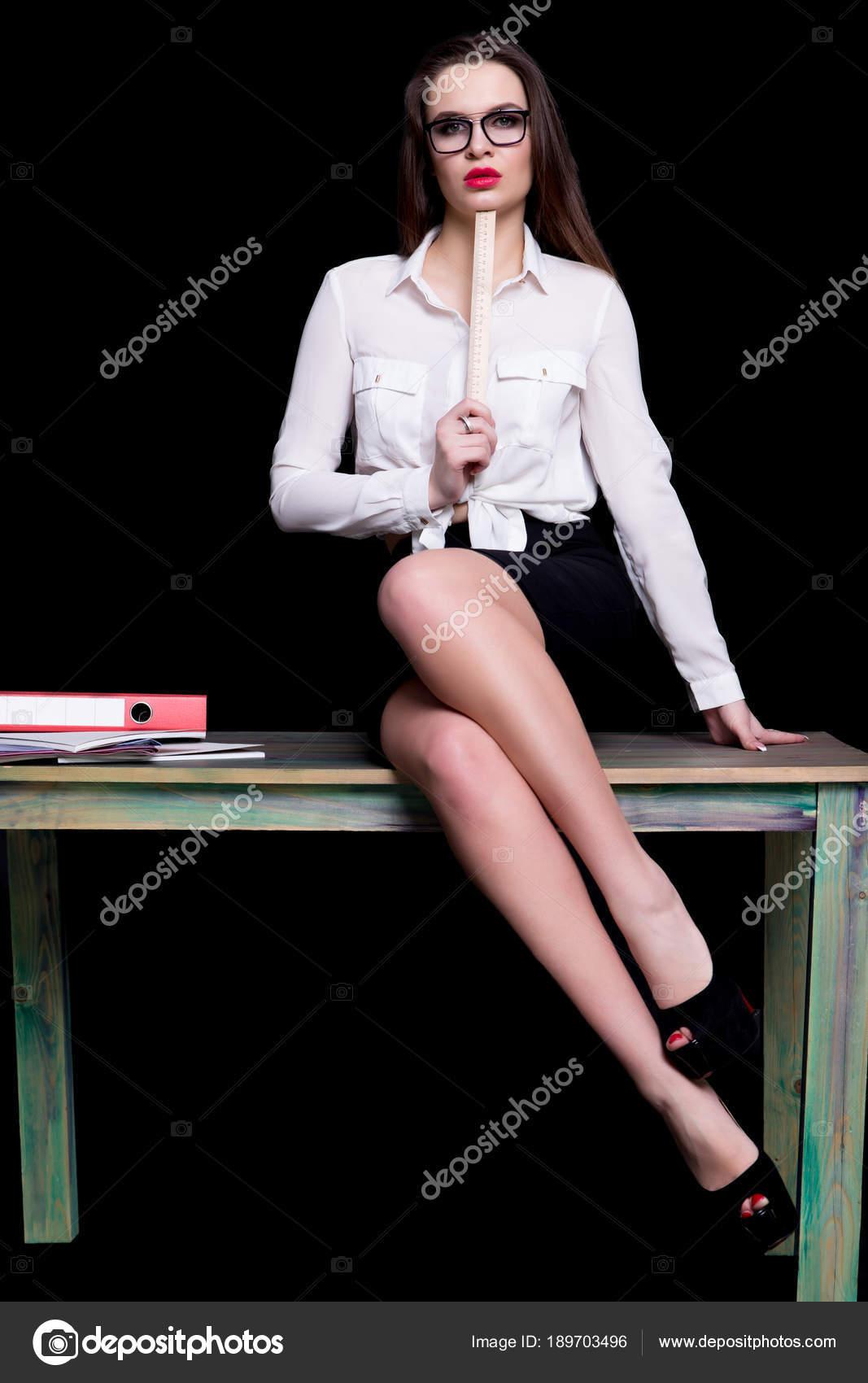 Fondos De Pantalla Sexis Para Pc Profesor Sexy Posando En