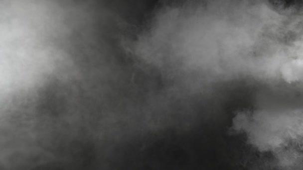 Zpomalený pohyb realistický kouř efekt na černém pozadí
