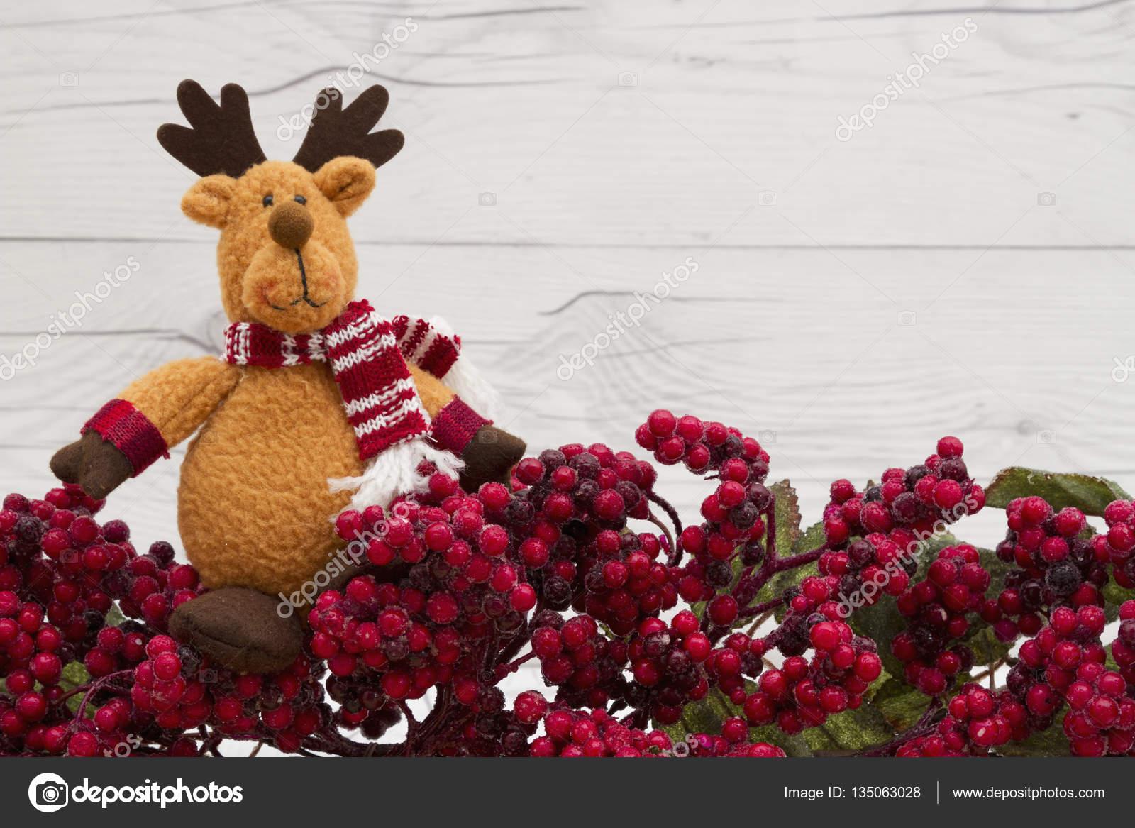 Old fashion Christmas berry background — Stock Photo © karenr #135063028