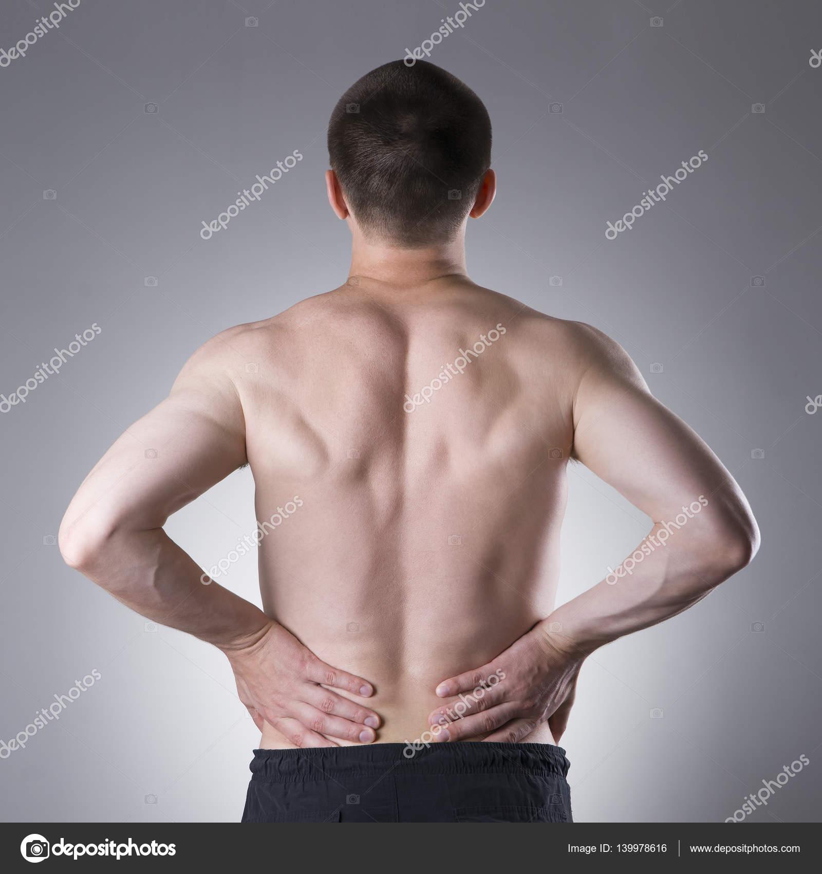 Dolor de riñón, hombre con dolor de espalda, dolor en el cuerpo del ...