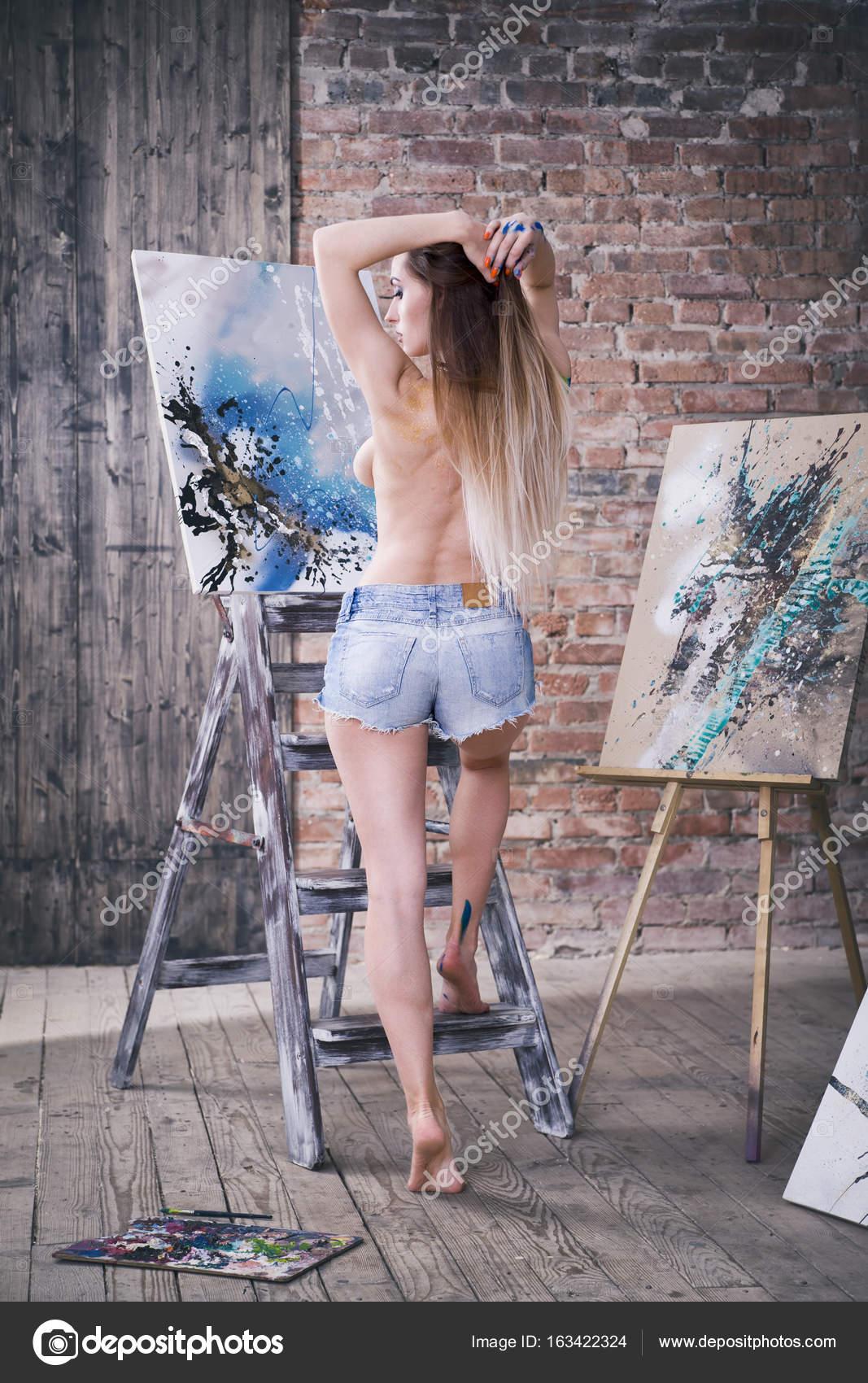 sexy artist