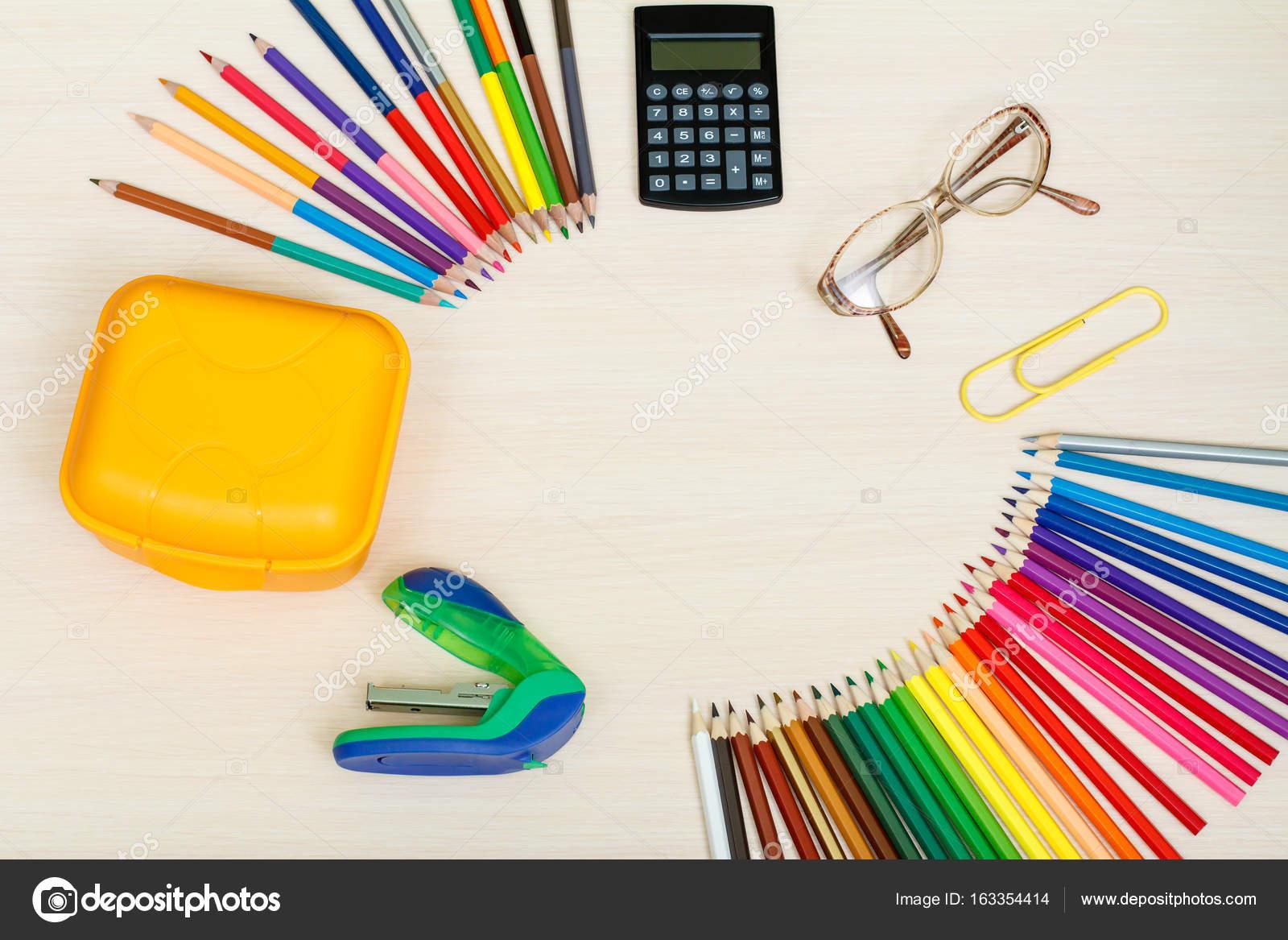 1fbfd6e46a Σχολικά είδη. Μολύβια χρώματος