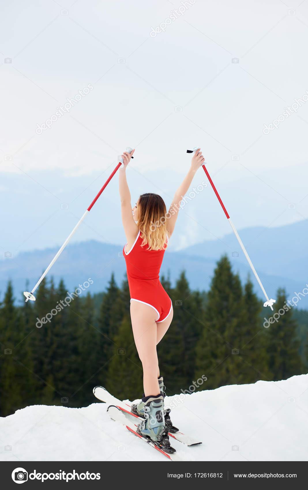 Фото сексуальная лыжница