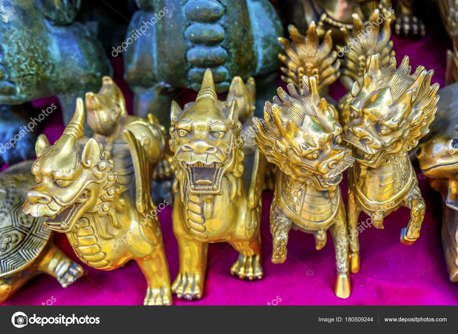 Chinese Replica Bronze Dragons Panjuan Flea Market Beijing