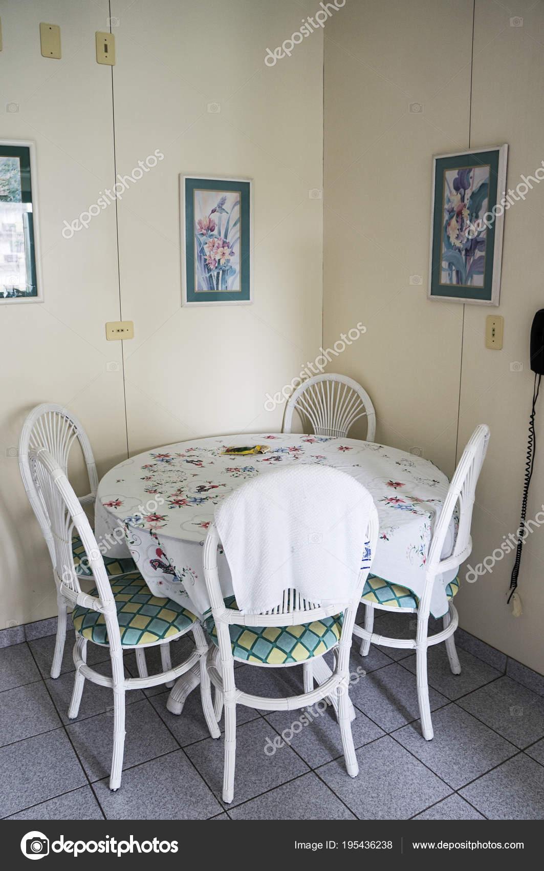 Cocina Mesa Redonda Comedor Nadie Diseño Arquitectura — Foto ...