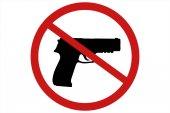 Zakazující znamení pro zbraň. Žádné stopy po pistoli. 3D obrázek