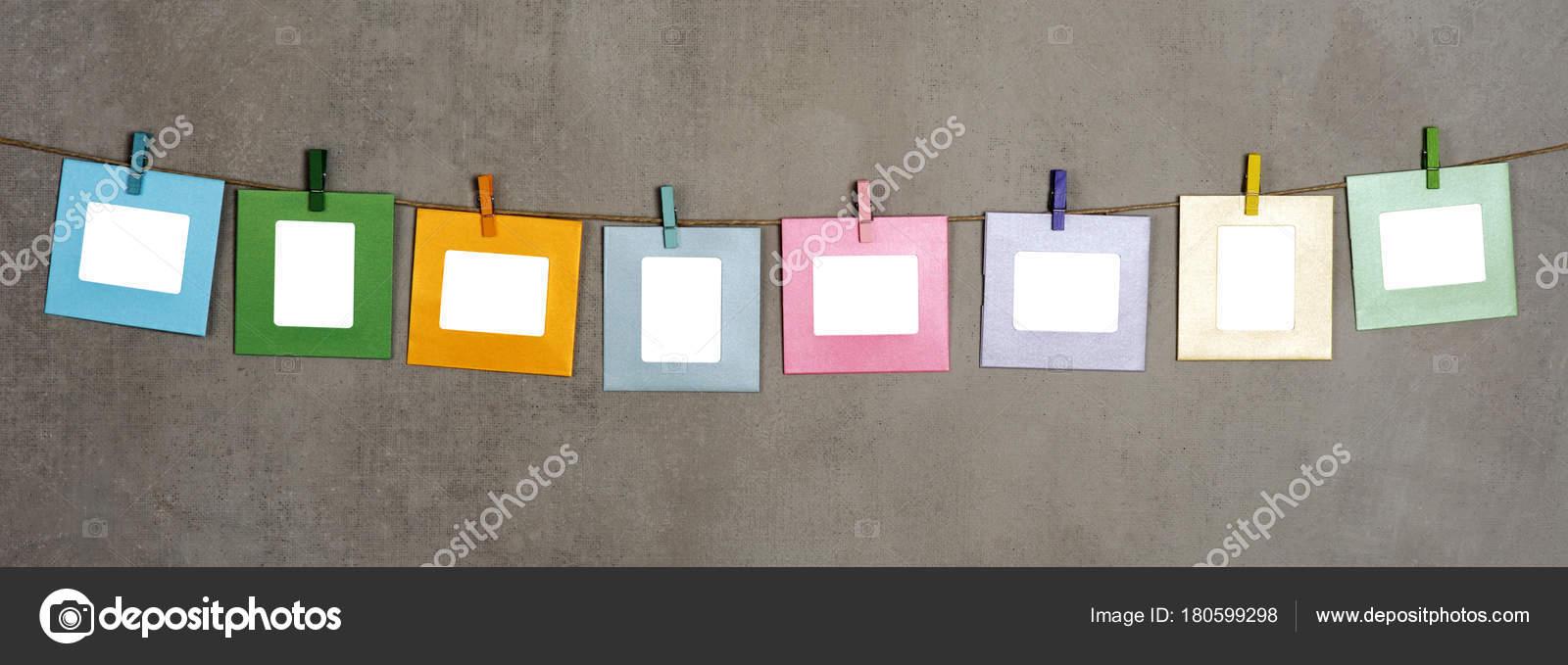 Multi Farbige Papier Fotorahmen Auf Grauem Hintergrund — Stockfoto ...