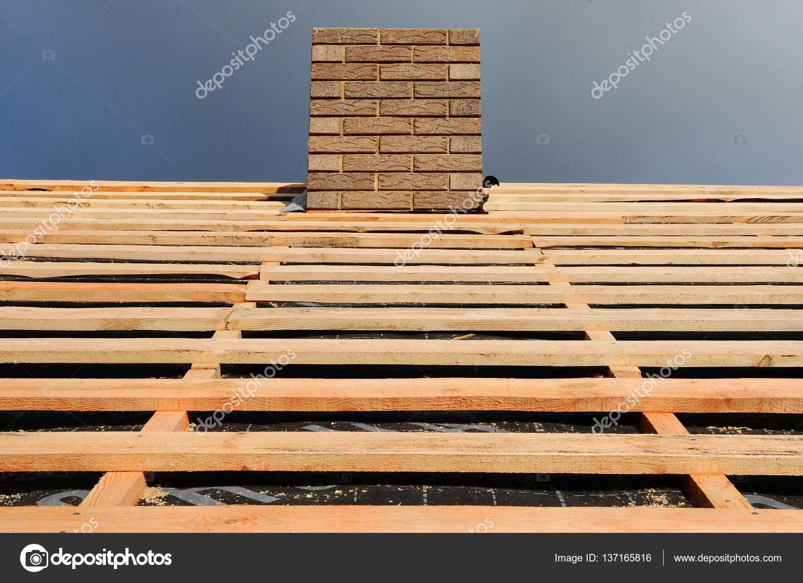 Holzerne Dachkonstruktion Installation Von Holzbalken Am Bau Dach