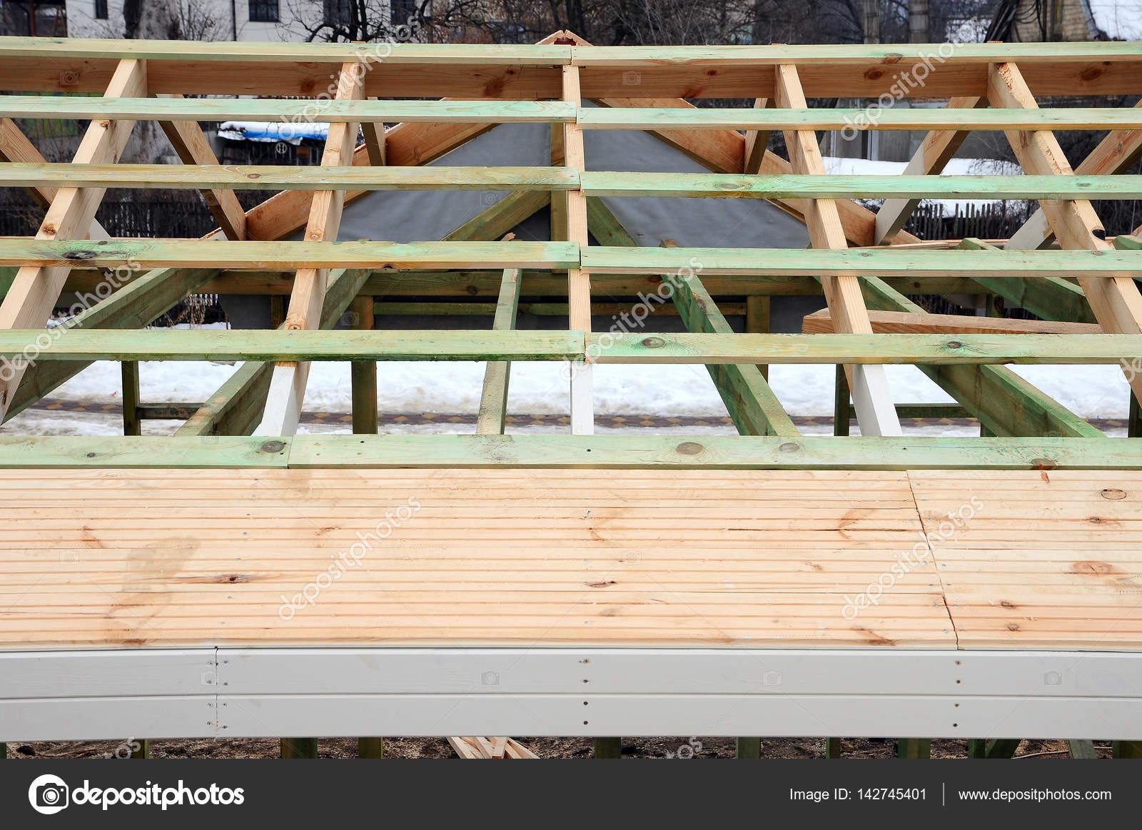La struttura in legno dell 39 edificio telaio in legno da for Piani di costruzione dell edificio