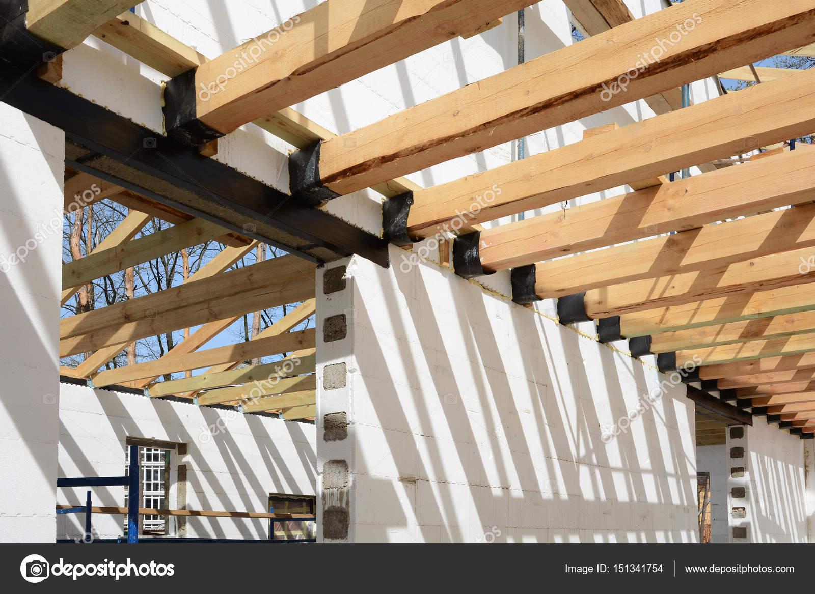 edificio de estructura de madera construccin de techo de madera foto para el hogar edificio de la casa instalacin de madera vigas en construccin el