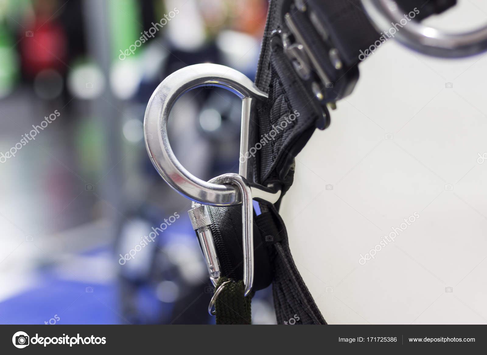 Klettergurt Industrie : Karabiner für klettergurt; quick release u2014 stockfoto © wsintapanon