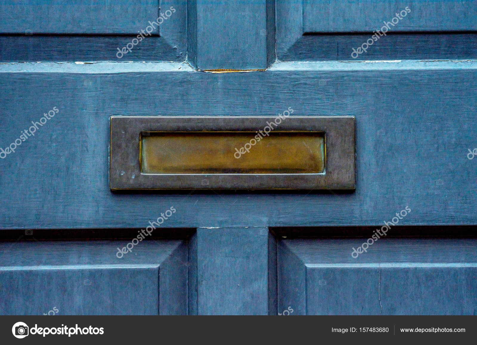 Old letterbox in the door traditional way of delivering letters u2014 Stock Photo  sc 1 st  Depositphotos & Old letterbox in the door traditional way of delivering letters ...