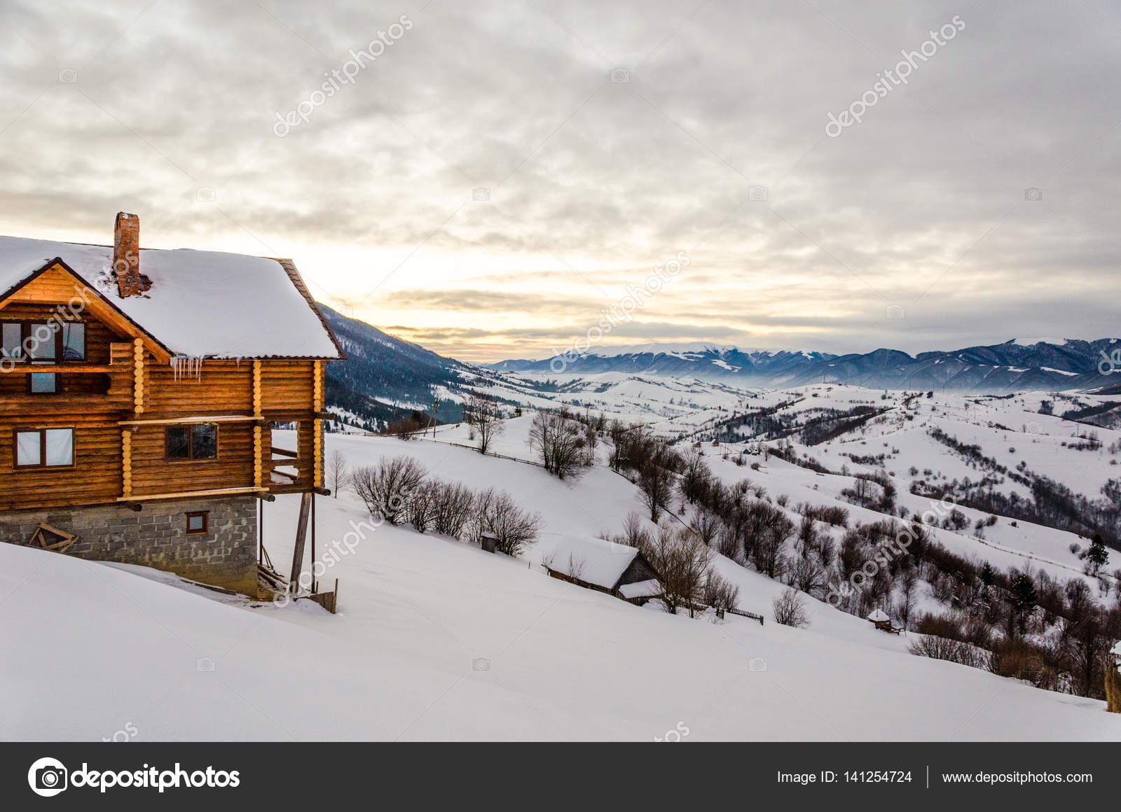 Case Di Montagna A Natale : Case di lusso in montagna foto my luxury