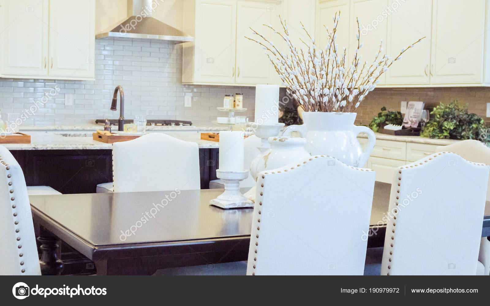 moderne wohnkuche stockfoto