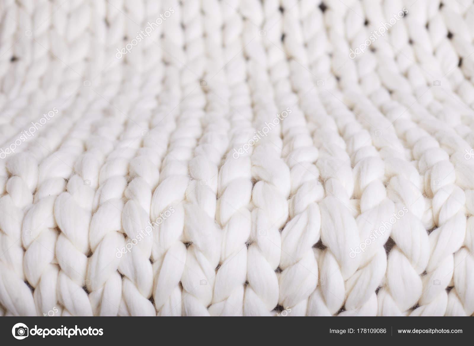punto blanco de grandes cuadros. manta tejida de textura flexible ...
