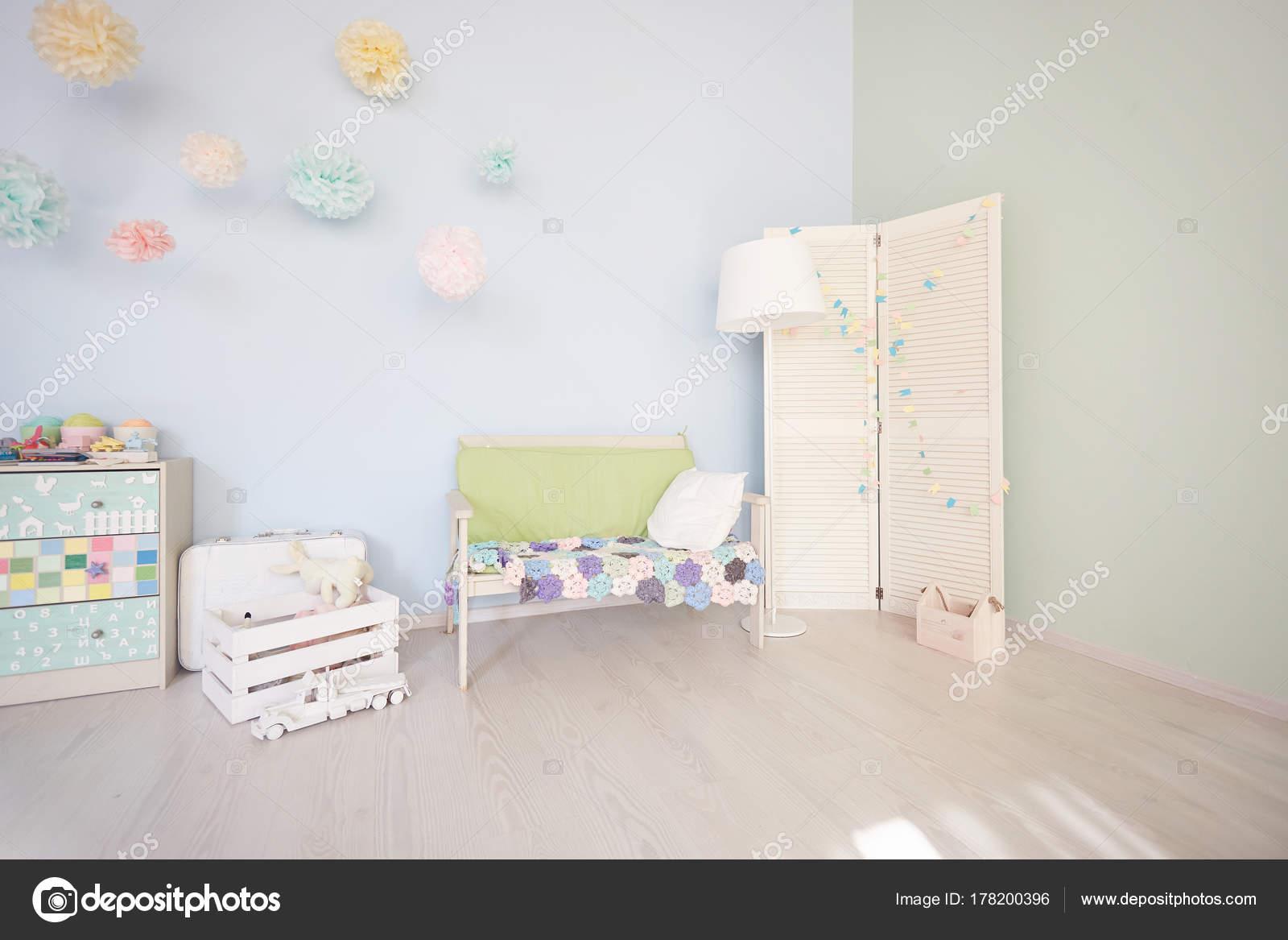 Interno luminosi camere bambini vista dall alto u foto stock