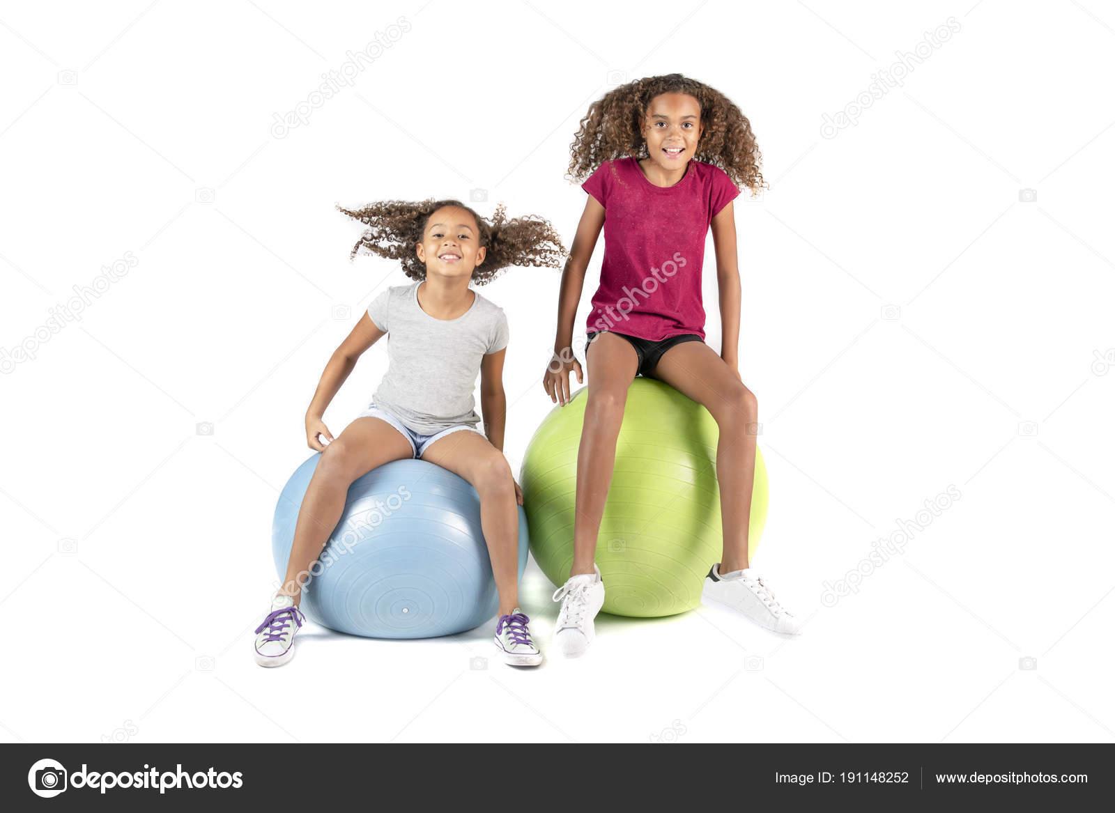 Giovani adolescenti grandi