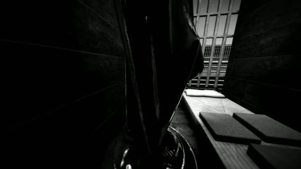 THEMIS měřítku a mečem ve vězeňské cele