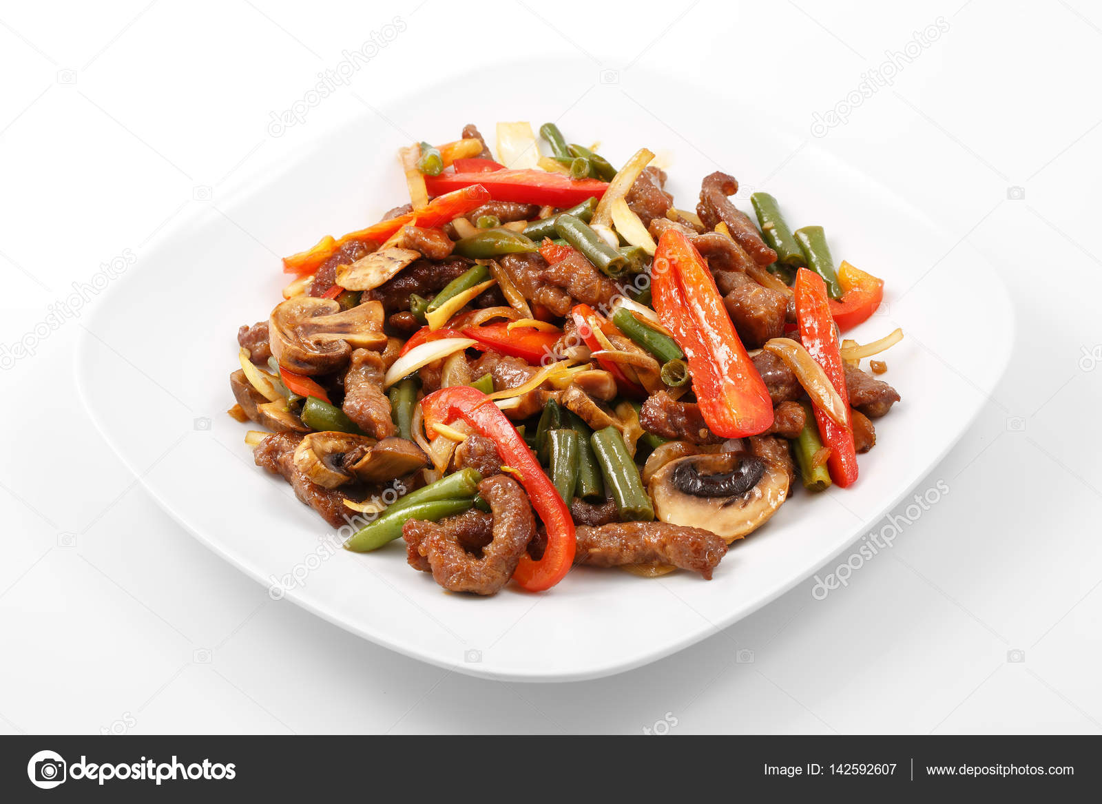 Meat in Chinese, pork, Chinese sauce, mushrooms, green beans