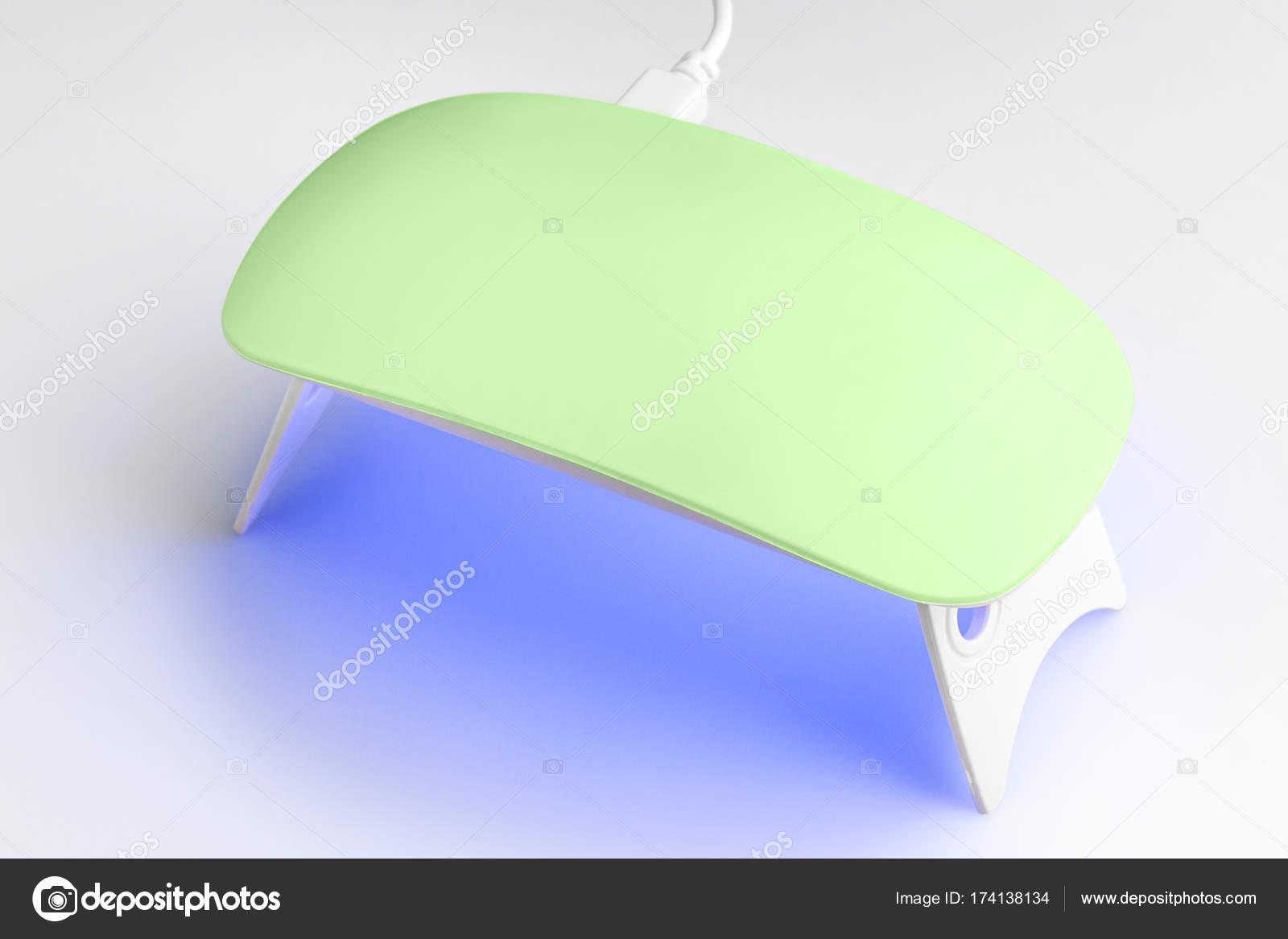Luces de lámpara UV para uñas sobre un fondo blanco — Fotos de Stock ...