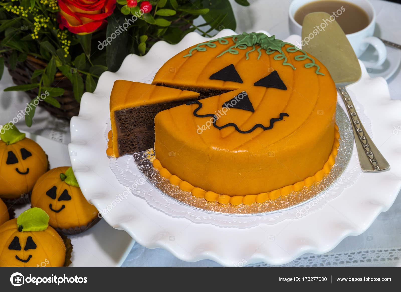 Halloween Chocolate Decorado Pastel Fotos De Stock