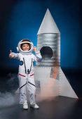 Űrhajós jelmez lány