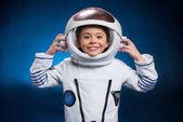 Kislány az űrruha
