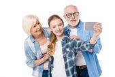 Fotografie Familie nehmen selfie