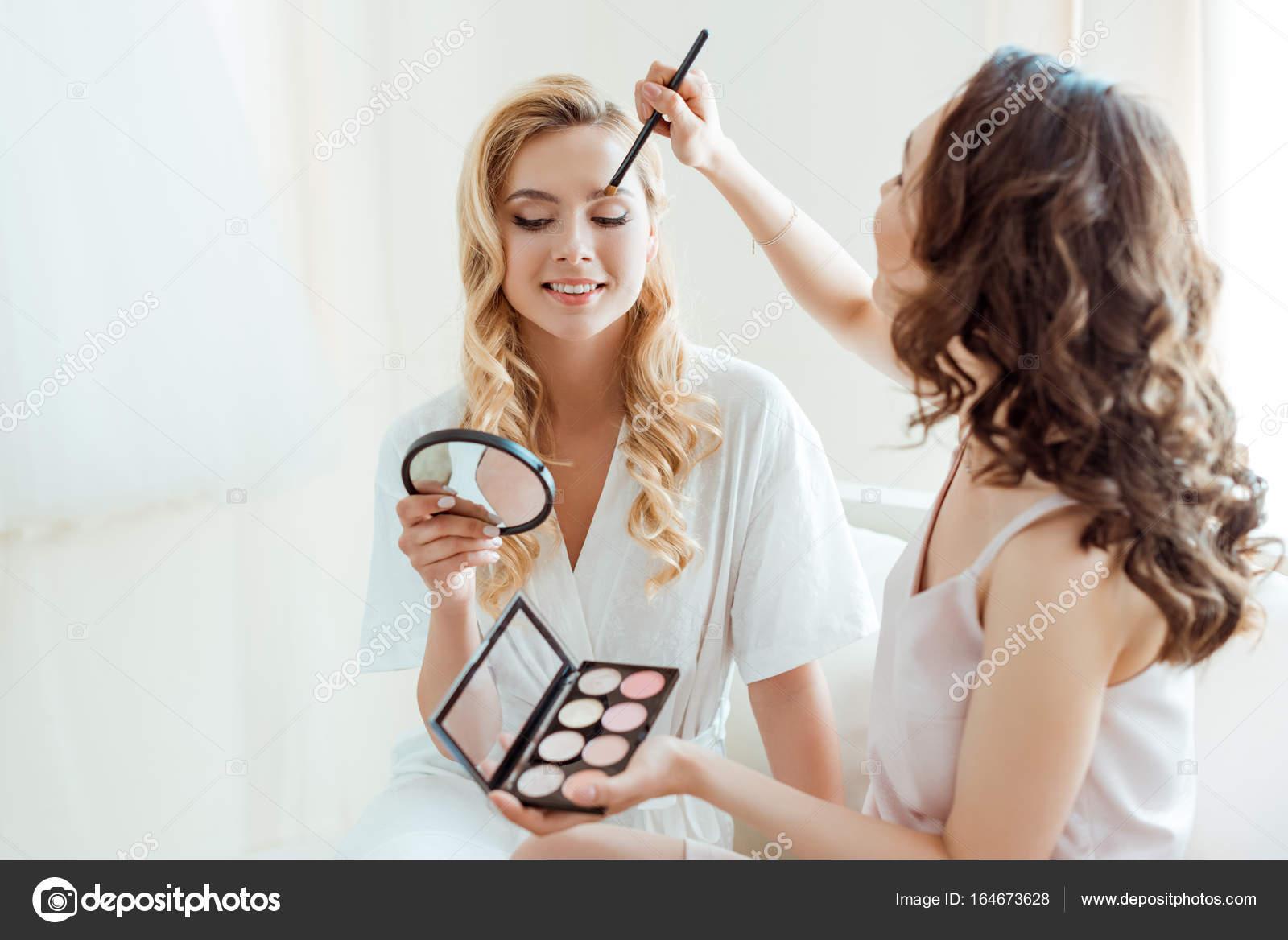 Düğün İçin Nedime Makyajı