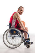 sportovce na vozíku s basketbal